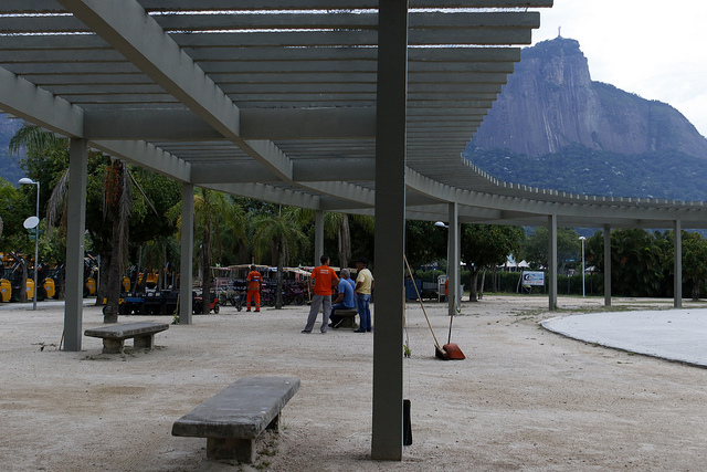 Prefeitura entrega a pérgula do Parque dos Patins reformada