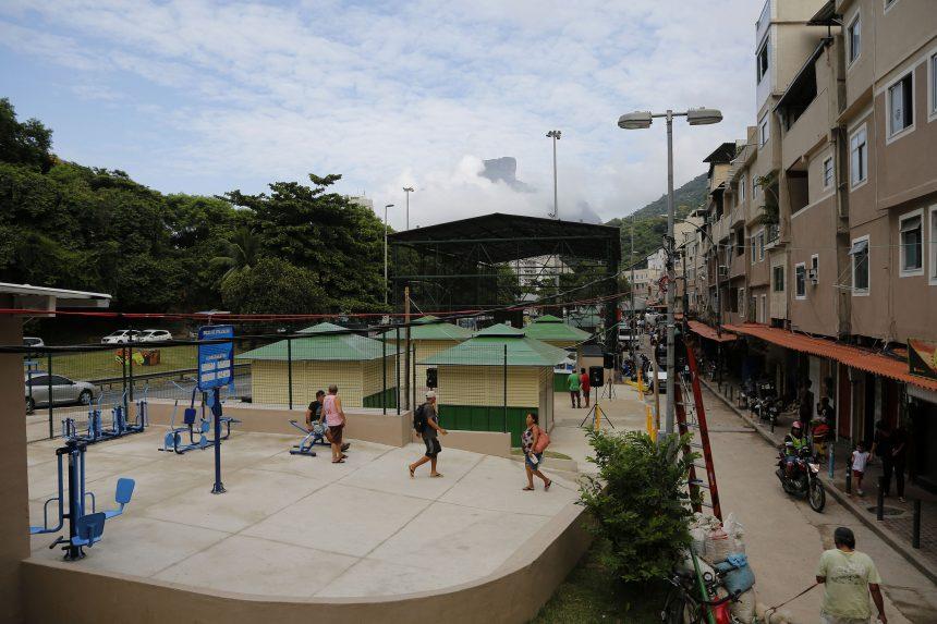 Prefeitura entrega revitalização da Rocinha