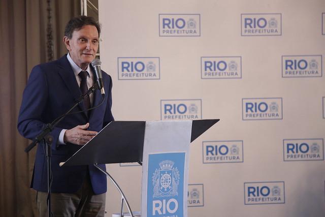 Crivella lança o Prontuário Carioca