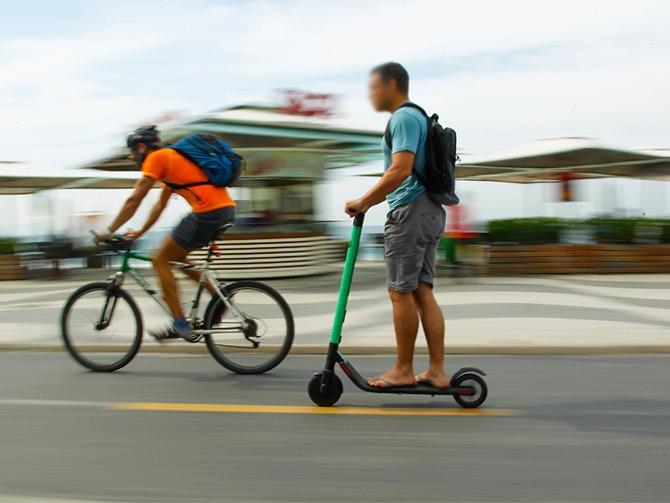 Decreto cria regras para o compartilhamento de patinetes elétricas no Rio. Foto: Maurício Val / Prefeitura do Rio