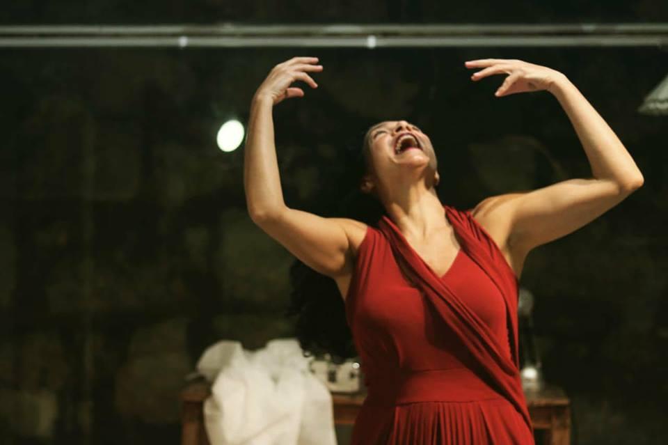 """""""A Mulher Ideal"""" traz histórias de relações amorosas no Teatro Municipal Café Pequeno, no Leblon"""