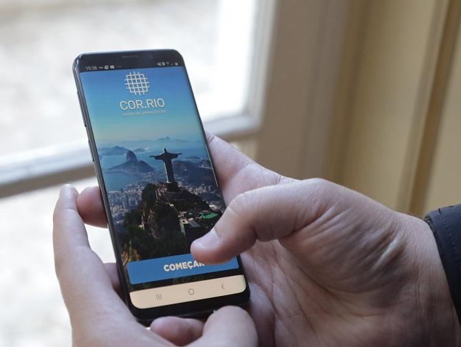COR.Rio, aplicativo lançado para dar à população informações em tempo real sobre ocorrências na cidade. Foto: Edvaldo Reis / Prefeitura do Rio