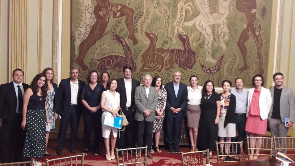 Representantes de instituições brasileiras e internacionais participam de reuniam sobre Rio Capital Mundial da Arquitetura Foto: Divulgação