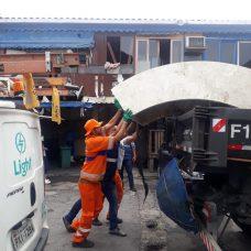 Equipe da Comlurb recolheu 1,5 tonelada de resíduos. Foto: Divulgação/Seop