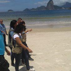 Guardas municipais do Rio participam de curso sobre limpeza de praias em Niterói. Foto: divulgação / GM