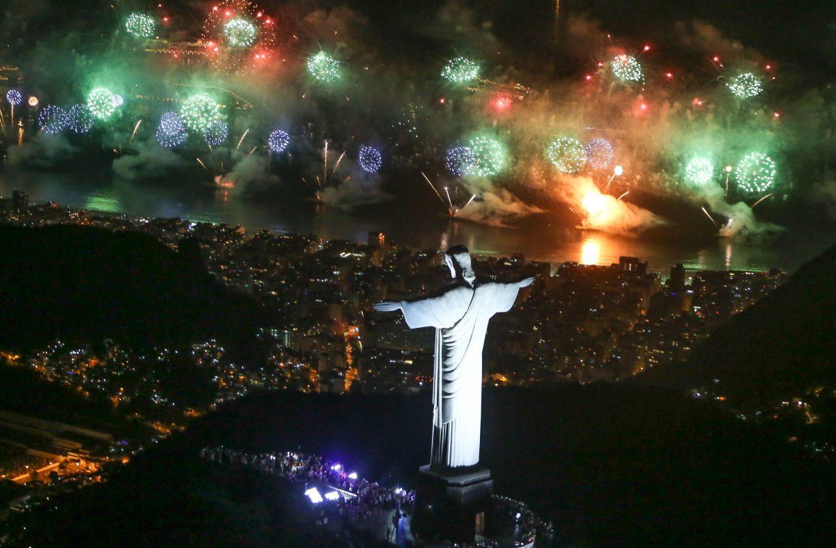 O Réveillon no Rio de Janeiro, do ponto de vista do Cristo Redentor. Foto: Fernando Maia / Riotur