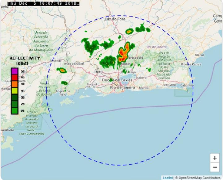 Núcleo de chuva se formou sobre a Baixada Fluminense, próximo ao limite o município do Rio de Janeiro, e poderá ocasionar chuva fraca na próxima hora, principalmente na Zona Norte. Foto: reprodução do Twitter