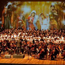 Dedicado à Espanha, Concerto de Natal com orquestra de alunos da Rede emociona público na Barra