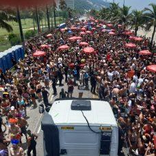Mochila com duas câmeras é testada pelo Centro de Operações Rio - Divulgação / Prefeitura do Rio