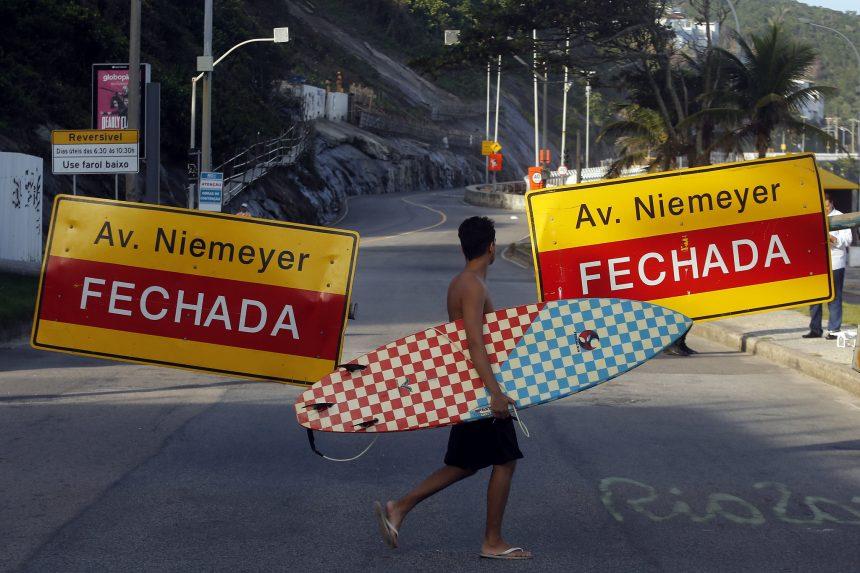 Avenida Niemeyer foi fechada ao tráfego de veículos em obediência da Prefeitura do Rio a uma determinação da Justiça. Foto: Marcos de Paula / Prefeitura do Rio