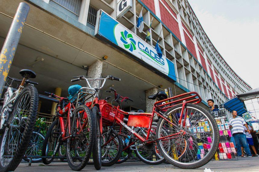 Bicicletário será um dos pontos reformados pelo Mercado Municipal na adoção do entorno de seu prédio. Foto: Marcelo Piu / Prefeitura do Rio