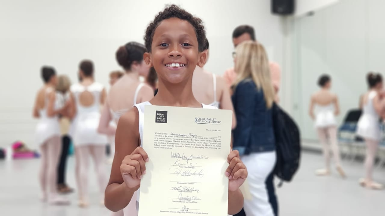 Bailarino de 10 anos da Prefeitura do Rio é selecionado para concurso de dança na Flórida