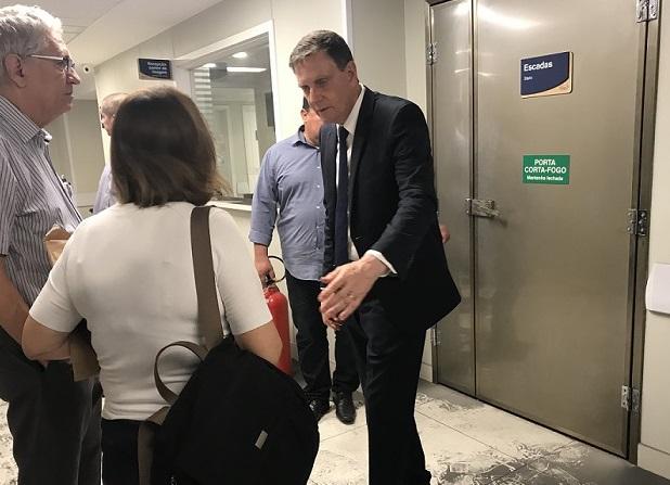O prefeito Marcelo Crivella durante visita ao Hospital Badim, na Tijuca. Foto: divulgação