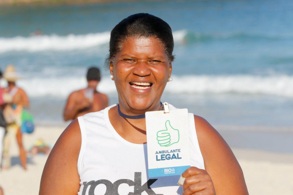Margareth Lemos, beneficiada no primeiro lote de crachás do Programa Ambulante Legal