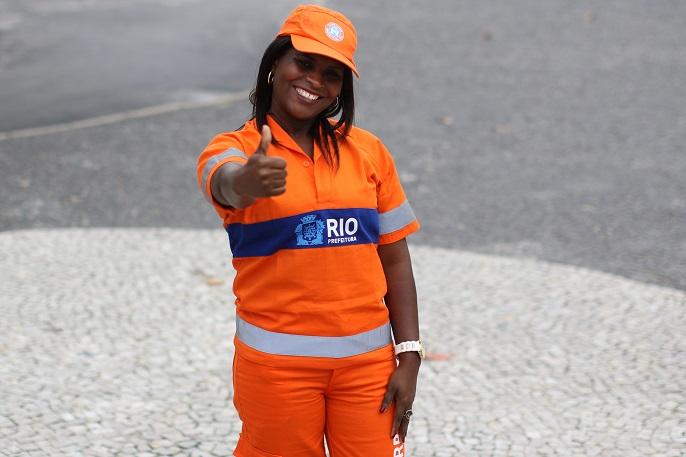 Vanilde dos Santos, gari da Comlurb. Foto: Hudson Pontes / Prefeitura do Rio