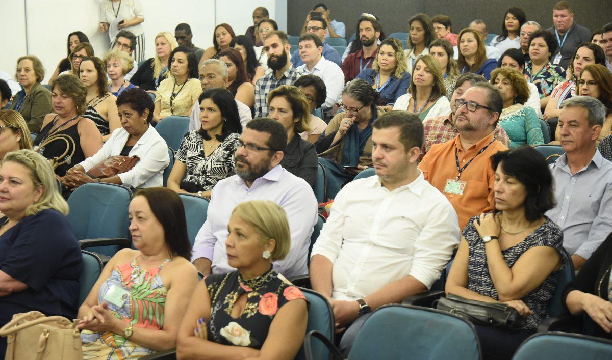 Servidores municipais do Rio de Janeiro assistem a palestra no Cass, o Centro Administrativo São Sebastião, na Cidade Nova. Foto: Richard Santos / Prefeitura do Rio
