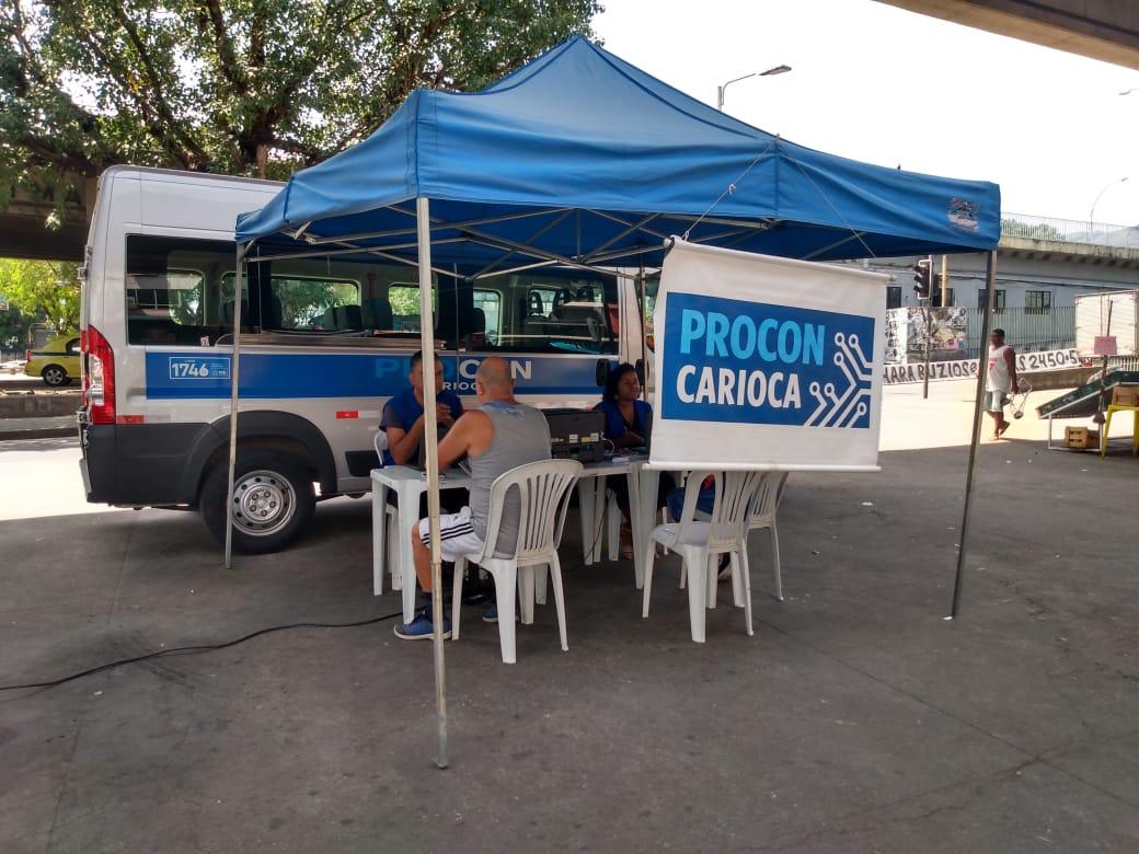 Atendimento itinerante do Procon Carioca. Foto: divulgação