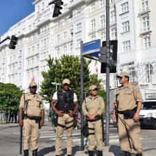 Guarda Municipal atuará com 1.774 guardas no patrulhamento da Praia de Copacabana.