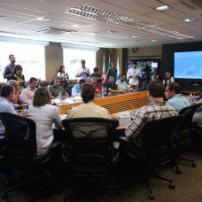 O anúncio do programa Tolerância Zero reuniu representantes de diversos órgãos municipais. Foto: Hudson Pontes / Prefeitura do Rio