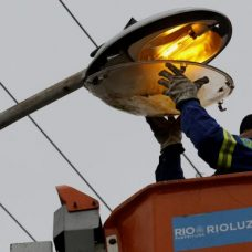 Contrato prevê a instalação de 450 mil luminárias de LED na cidade. Foto: Marcos de Paula / Prefeitura do Rio