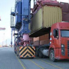 Mais uma carga de equipamentos comprados chegou no Rio. Foto: Divulgação