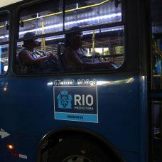 Profissionais da Saúde, Assistência Social e Guarda Municipal solicitaram ajustes para transporte alcançar mais pessoas. Foto: Divulgação / Prefeitura do Rio