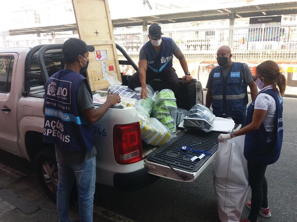 Agentes da Prefeitura na operação desta quarta-feira (03/06), em Madureira. Divulgação Seop / Prefeitura do Rio